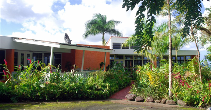 entrance to vacation villa rental Hermosa in Puerto Rico near el yunque